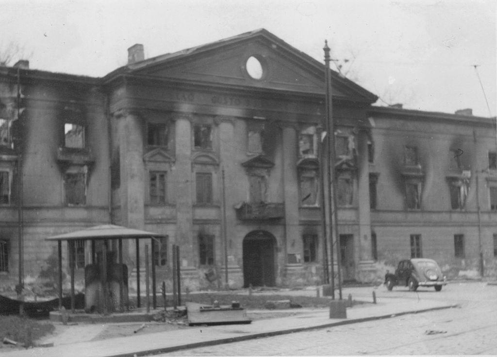 Здание Юденрата в Варшаве
