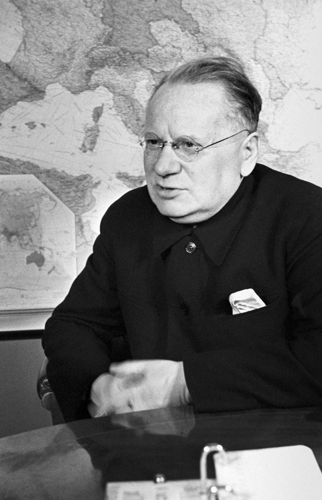 "Литвинов и ""логика террора"" - relevant"